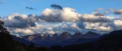 Das Land der sieben Berge und der unzähligen Wolken. (Bild: Ralph Brühwiler)