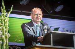 Grusswort: Max Vögeli begrüsst als Gemeindepräsident die Anwesenden. Bild: Andrea Stalder