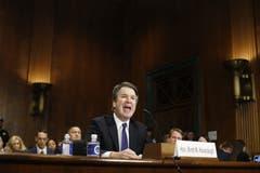 Im Streit um den Supreme-Court-Kandidaten Brett Kavanaugh in den USA hat die Führung der Republikaner eingewilligt, dem FBI Zeit für eine Untersuchung der Missbrauchsvorwürfe zu geben. (Bild: Michael Reynolds/Epa)