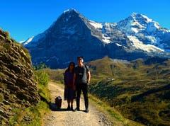 Chinesische Touristen auf Wanderweg in der Jungfrauregion. (Bild: Josef Müller (Kleine Scheidegg, 27. September 2018))