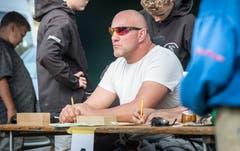 Beim Buebeschwinget sitzt Stefan Burkhalter in der Jury. Bild: Andrea Stalder