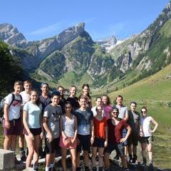 Die Jubla Weggis auf Wanderung auf der appenzellischen Meglisalp. (Bild: Instagram/jublaweggis)