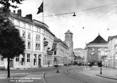 Der St. Galler Bahnhofsplatz vor der Eröffnung 1. September 2018 im Jahre 1936. (Bild: Cyrill Oderbolz)