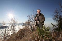 Josef Muggli, der 35 Jahre lang Verwalter der Jagd- und Fischereiaufsicht des Kantons Luzern war, wird pensioniert. (Bild: Manuela Jans (Rigi Kaltbad, 16. November 2011))