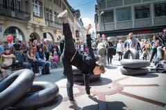 Das Tanzfest startet am Samstag mit einem Tanzrundgang auf dem Bärenplatz. (Bild: Ralph Ribi)