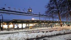 Der Schnee ist planmässig am Bahnhof St. Gallen angekommen. (Bild: Doris Sieber)