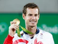2016 in Rio de Janeiro gewann Andy Murray erneut Olympia-Gold. Seit März 2017 ist der von Verletzungen geplagte Brite jedoch ohne Turniersieg auf der ATP Tour (Bild: KEYSTONE/EPA/MICHAEL REYNOLDS)
