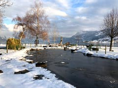 Winterstimmung bei null Grad im Buochser Seebecken. (Edith Pargger (11. Januar 2019))