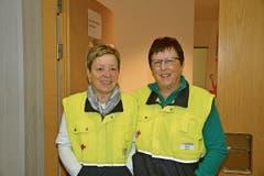 Die Sanitäterinnen Brigitte Stadler (links) und Madlen Stadler mussten zum Glück nur wenige kleinere Blessuren verarzten.