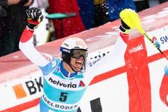 Ramon Zenhäusern freut sich über seinen fünften Rang. Den Podestplatz verpasste er nur um 26 Hundertstel. (Bild: Keystone/Peter Schneider (13. Januar 2019))