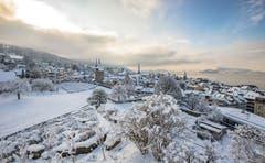 Zug im Winterkleid. (Bild: Daniel Hegglin (11. Januar 2019))