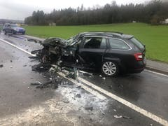Inwil - 14. Januar Am Montagnachmittag ereignete sich zwischen Inwil und Gisikon ein Verkehrsunfall zwischen einem Auto und einem Lastwagen. Eine Person wurde verletzt. (Bild: Luzerner Polizei)