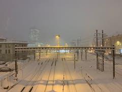 Blick von der Leonhard-Brücke: gedämpfte, ruhige Stimmung durch den Schnee. (Bild: Susanne Albrecht)