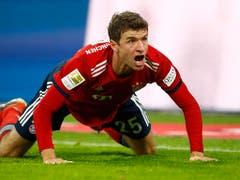 Der FC Bayern bläst zum Grossangriff: Vor dem Start der Rückrunde beträgt der Rückstand auf Leader Borussia Dortmund sechs Punkte. Doch Thomas Müller (im Bild) und Co. wollen den Spiess bis zum Saisonende umdrehen. Es wäre Bayerns 7. Meistertitel in Folge (Bild: KEYSTONE/AP/MATTHIAS SCHRADER)