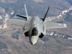 Ein Kampfjet des Typs F-35A im Flug. (Bild: Keystone/EPA/YONHAP)