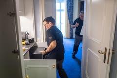 ...die Handwerker die Zimmer. Das Grand Hotel... (Bilder: Michel Canonica)