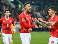 Haris Seferovic (Bildmitte) war im November gegen Belgien in der Nations League beim 5:2-Sieg der Schweiz mit einem Hattrick der vielumjubelte Matchwinner (Bild: KEYSTONE/ALEXANDRA WEY)