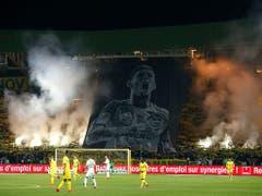 Die Eindrückliche Choreografie der Nantes-Fans zu Ehren von Sala (Bild: KEYSTONE/AP/THIBAULT CAMUS)