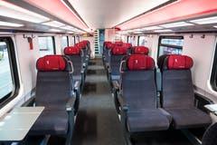 Blick in die 1. Klasse im ersten rundum erneuerten IC2000-Intercity-Zug, präsentiert von der SBB am Donnerstag, 31. Januar 2019 in Olten. (Bild: Keystone/Adrien Perritaz)