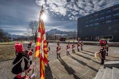 Das Armee-Ausbildungszentrum Luzern befindet sich bei der Allmend. Sie beheimatet die Höhere Kaderausbildung und die Zentralschule.