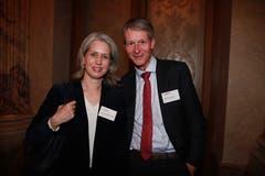 Stadträtin Franziska Bitzi Staub mit Tourismus-Direktor Marcel Perren. (Bild: PD)