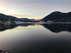 Bitterkalter Wintermorgen. Auf dem Weg zur Arbeit. (Bild: Enrico Schildknecht (Oberägeri, 4. Januar 2019))