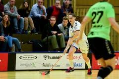 Zugs Olivia Herzog erzielt das erste Tor der Partie. (Bild: Maria Schmid (Zug, 6. Januar 2019 ))