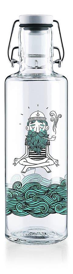 SoulbottleGlasflasche mit integriertem Spender, 100 Prozent recycelbar, ab 30 Fr. Bild: zvg