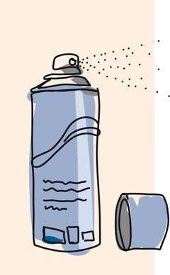 4. Wanderschuhe: In noch leicht feuchtem Zustand mit dem Imprägnierspray behandeln, da dann die Poren im Leder noch weit geöffnet sind.
