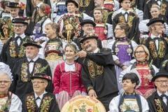 Die Stanser Älpler beim Gruppenfoto. (Bild: Urs Flüeler/Keystone, Stans, 20. Oktober 2019)
