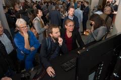 Viel Publikum im Regierungsgebäude in Luzern. (Bild: Eveline Beerkircher, Luzern, 20. Oktober 2019)