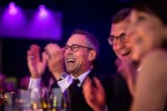 Applaus von FCSG-Präsident Matthias Hüppi. (Bild: Michel Canonica)