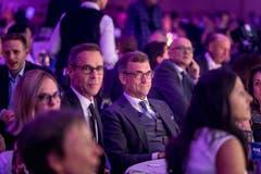FCSG-Präsident Matthias Hüppi und Roland Ledergerber, Präsident St.Galler Kantonalbank (rechts). (Bild: Michel Canonica)