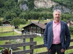 Er setzt sich für die Interessen des Dorfs Mitholz ein, Gemeindepräsident Roman Lanz. (Bild: KEYSTONE/PETER SCHNEIDER)