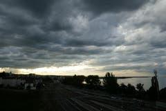 Regenwolken über Rorschach. (Bild: Ursi Marthy)
