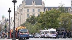 Betroffen war der Pariser Hauptpolizei-Stützpunkt. (Bild: Le Parisien)