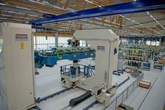 Nur dank hoher Automatisierung kann Pilatus den Strukturbau im Hochpreisland Schweiz konkurrenzfähig betreiben. (Bild: Corinne Glanzmann, Buochs, 1. Oktober 2019)