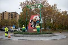 Während des Esaf stand die Skulptur mitten im Herti-Quartier an der Fanmeile. (Bild: Maria Schmid, Zug, 30. Oktober 2019)