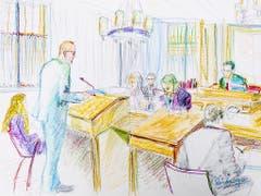 Der Staatsanwalt will den Jugendstraftäter «Carlos» verwahren. Die Öffentlichkeit müsse vor ihm geschützt werden, forderte er am Mittwoch in seinem Plädoyer. (KEYSTONE/Zeichnung Linda Grädel) (Bild: KEYSTONE/ENNIO LEANZA)