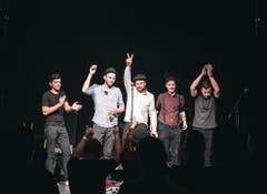 Die Bandmitglieder von links: Stefano Costa, Urban Zemp, Christian Berlinger, Dominik Gander und Pascal Marzer.