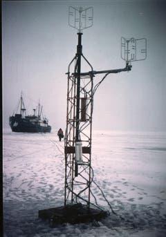 Die Forscher führten vielerlei Messungen durch, hier betreffend den Wind. (Bild: Archiv Tony Stocklin)