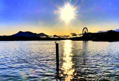Morgensonne mit Riesenrad der Määs. (Bild: Walter Buholzer, 7. Oktober 2019)