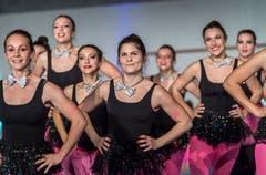 Ausschnitt aus der Gymnaestrada «Generation's: Let's Move!» Es turnen 80 Turnerinnen und Turner aus dem Thurgau. Die Show wurde an der Gymnaestrada aufgeführt. (Bild: Andrea Stalder)