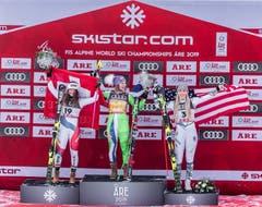 WM-Abfahrt: Ilka Stuhec (Mitte) gewinnt vor Corinne Suter und Lindsey Vonn. (Bild: Johann Groder / Freshfocus)