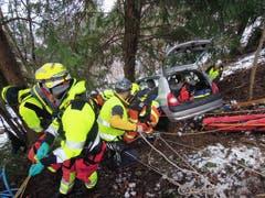 Die Zusammenarbeit zwischen den Rettungsorganisationen stand im Fokus der Übung. (Bild: Kapo Nidwalden (Stansstad, 9. Februar 2019))