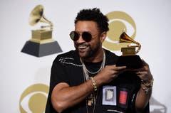 Shaggy mit dem Grammy für das beste Reggae-Album («44/876»). (Bild: Chris Pizzello/Invision/AP (Los Angeles, 10. Februar 2019))