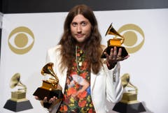 Ludwig Goransson, Gewinner der Grammys für den Song des Jahres («This is America») den besten komponierten Soundtrack für visuelle Medien («Black Panther»). (Bild: Chris Pizzello/Invision/AP (Los Angeles, 10. Februar 2019))