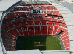 Das Duell zwischen Tottenham und dem BVB am Mittwochabend (20.45 Uhr) findet im Wembley statt, weil das neue Stadion der Spurs immer noch nicht fertiggestellt ist. Die neue Arena für 62'062 Zuschauer leidet an Sicherheitsmängel, die seit letztem Herbst nicht behoben werden konnten (Bild: Keystone/AP PA/LEWIS WHYLD)