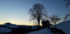 Winterabend im Appenzellerland, Lohenschwenis, Rehetobel. (Bild: Klaus Businger)