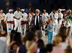 Karl Lagerfeld anlässlich einer Modepräsentation 2016 in Havanna / Kuba. (Bild: Alejandro Ernesto / EPA)